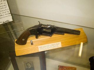 1859 Smith & Wesson 32 calibre pistol