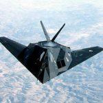 先端航空技術 – ステルス機と無人機