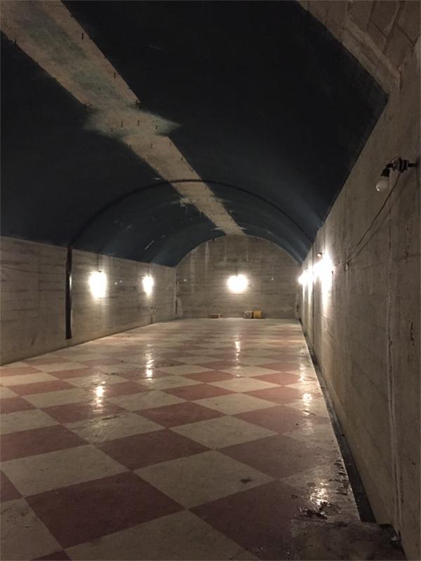 地下弾薬庫内部