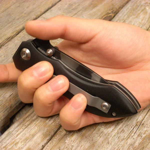 ナイフが完全にとじた状態