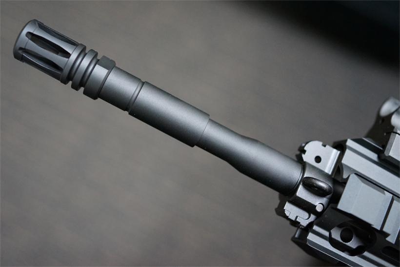 HK416Dのマズルとバレル