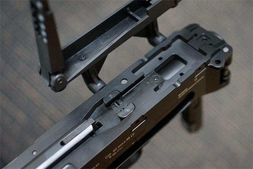 東京マルイ M320A1 ガスグレネードランチャーのレイル取り付け部分